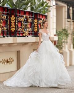 abiti da sposa vasto: Marisa Spose